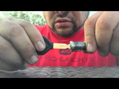 2007 international 4300 dt466 bad ignition switch - YouTube