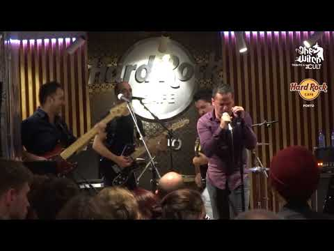 The Witch no Hard Rock Cafe Porto