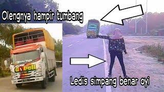 TRUK OLENG lintas SUMATRA || CCTV simpang benar oyi