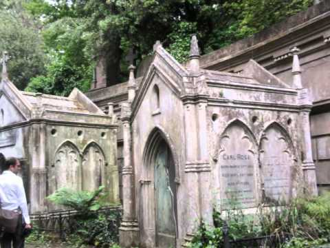 GUIDED TOUR OF HIGHGATE CEMETERY'S WEST SIDE