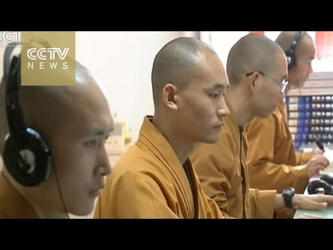 Chinese Buddhists embrace new media