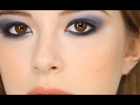 Navy Smokey Eye Makeup Tutorial