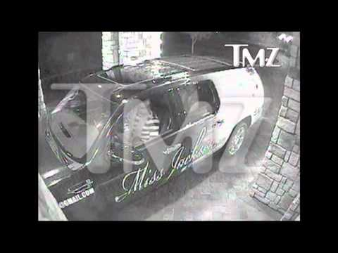 TMZ-Floyd Mayweather Jr. Caught on Video flipping Out On a Security Guard in Las Vegas