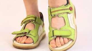видео Ортопедическая обувь для детей. Обзор торговых марок
