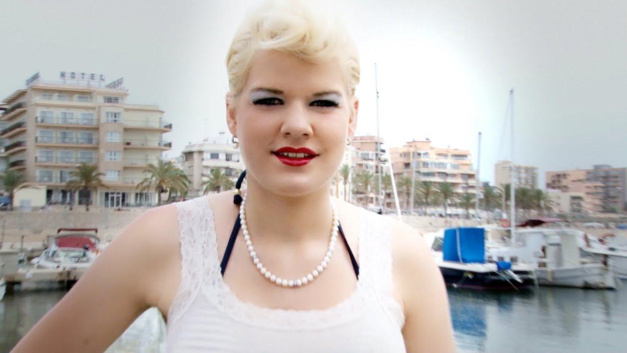 Melanie Müller Free