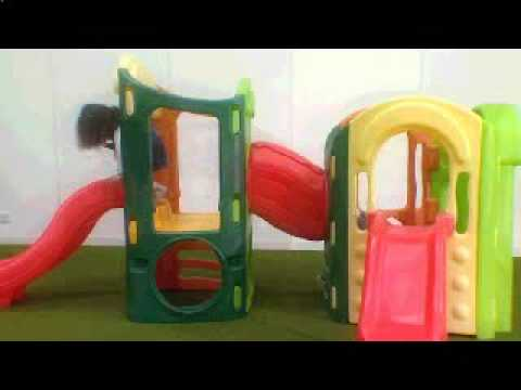 Toys R Us - Little Tikes 8 In 1 Playground