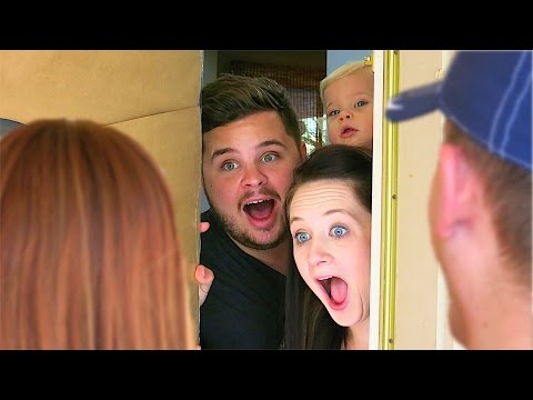 SURPRISE GUESTS REVEAL! (10.27.14 - Day 640)