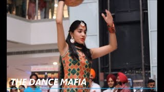 Angreji  wali madam |  mahi main Long Gavaiyan | Beautiful girl Dance THE DANCE MAFIA