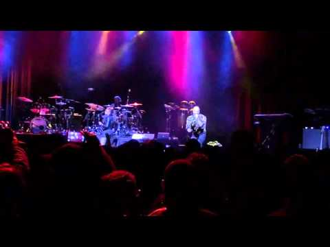 Common x Mumu Fresh - I Used To Love H.E.R