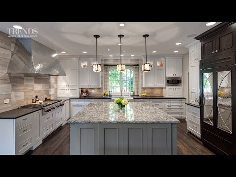 Large transitional kitchen
