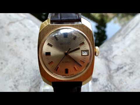 Vintage VOSTOK WOSTOK (ВОСТОК) 18 Jewels Gold Plated AU 10 USSR Mechanical Watch.