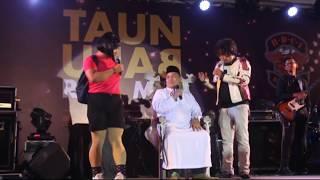 Kabaret P-Project with si kembar bodor pisan