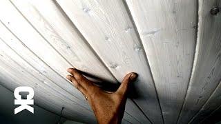 Стильная отделка потолка лиственницей в белой лазури!