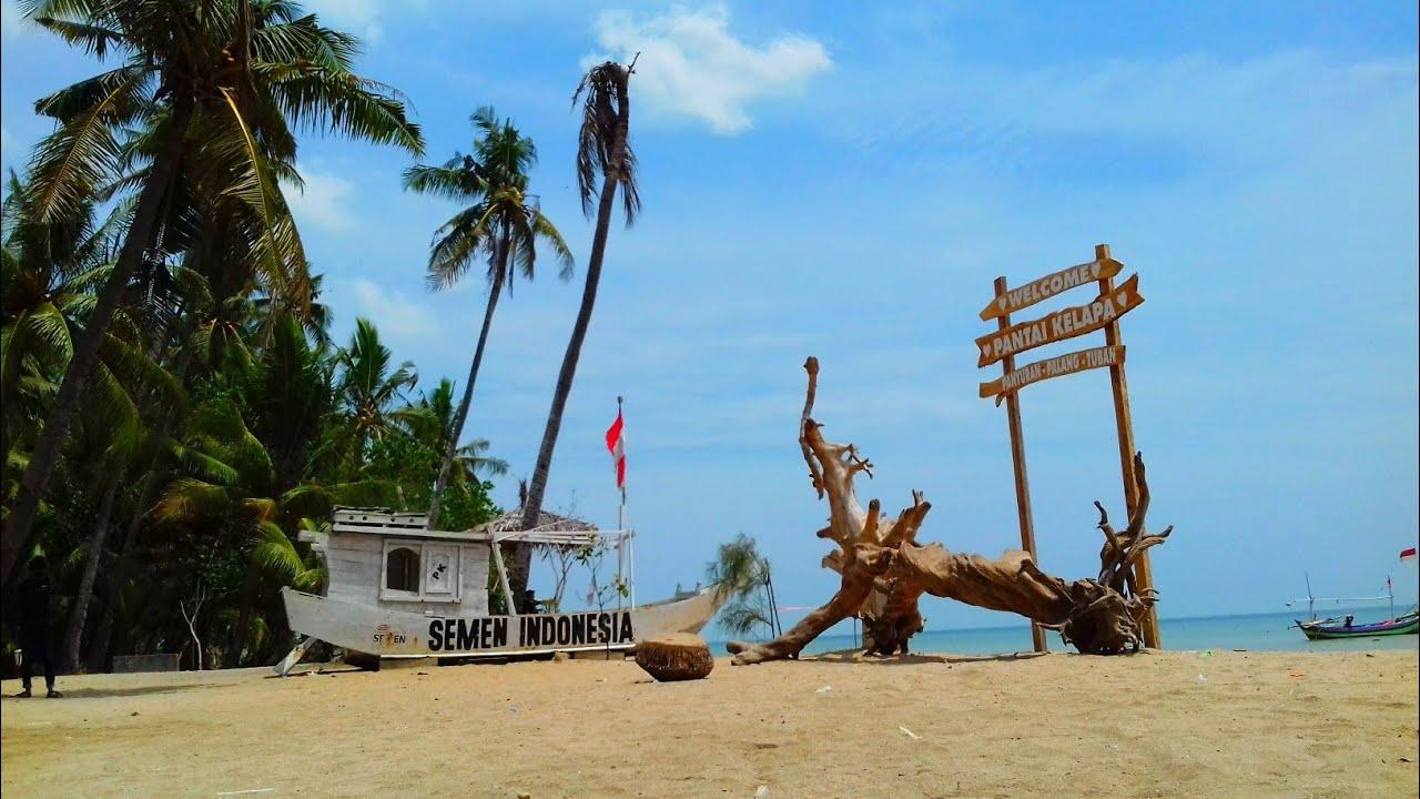 Hasil gambar untuk pantai kelapa tuban
