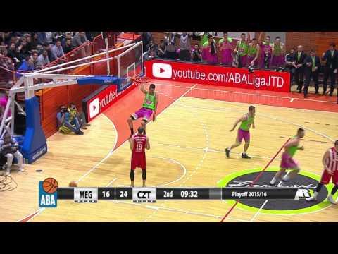 Rade Zagorac dunks on fast break