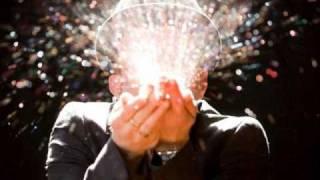 Tom Waits - Singapore (Glitter and Doom Live)