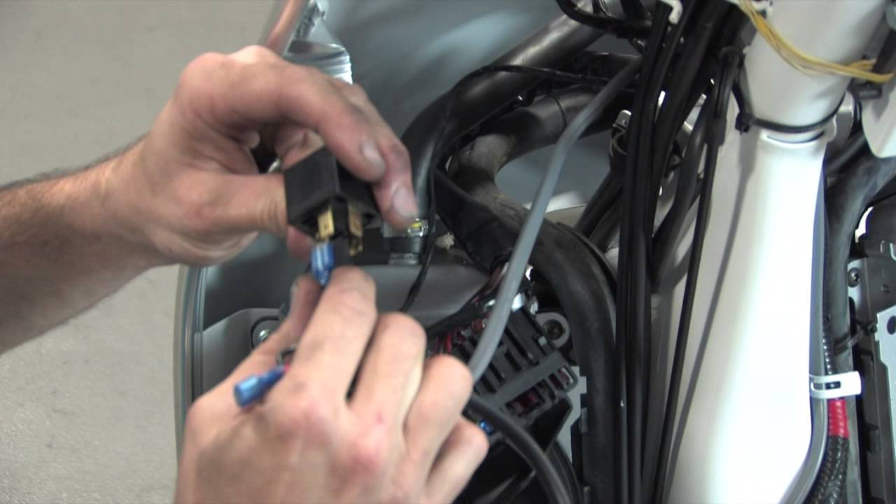 How To Install An Air Horn On A Vespa Gts Youtube