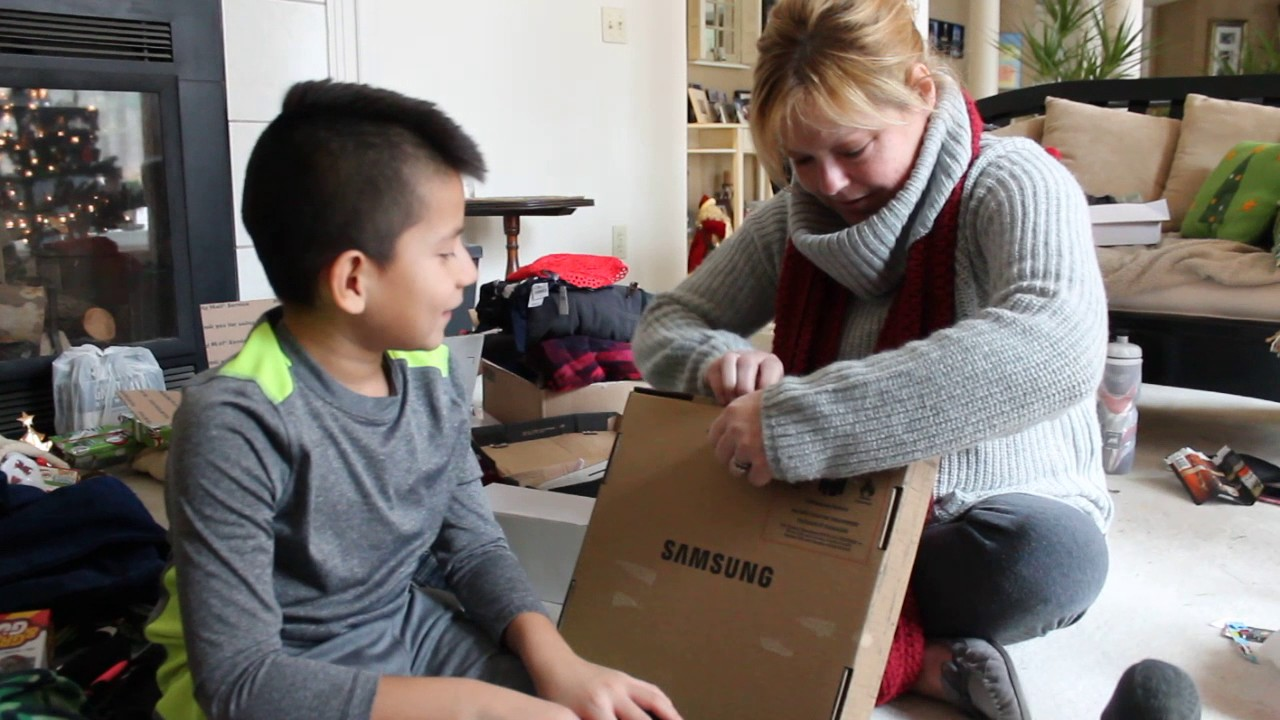 Christmas Unboxing The Chromebook