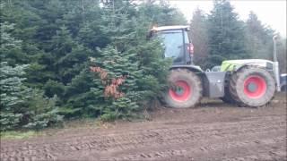 Broyeur PICURSA Combat 2600 sur tracteur CLAAS XERION 3800