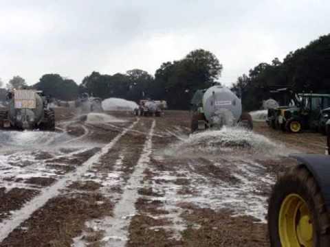 """Résultat de recherche d'images pour """"la grève du lait 2009"""""""