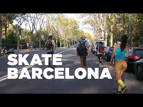 Skating Barcelona: can you master the Hostelworld buddy tricks?