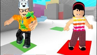 ROBLOX: MY MOTHER AND I IN: WHO LET THE WORLD MORE COLOURFUL WINS! -Play Old man
