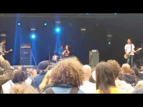 Off! - Upside Down (Live) Belgium, 12 July 2015