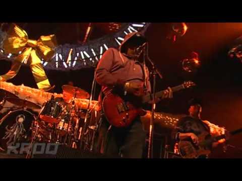 "Dirty Heads w/ Rome - ""Lay Me Down"" (live)"