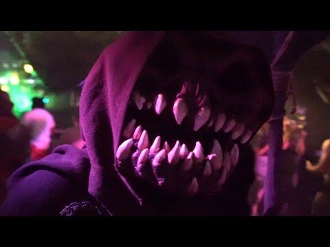 Halloween Horror Nights 2016 | Scare Zone Fun & More!