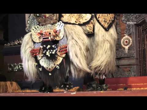 Balinese Barong Dance (Batubulan Barong Festival)
