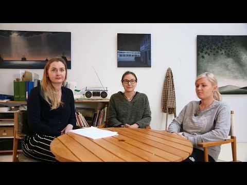 """Radio """"Inny Reykjavik"""": Klaudia Migdal rozmawia z gośćmi o sytuacji Polaków w Reykjaviku."""
