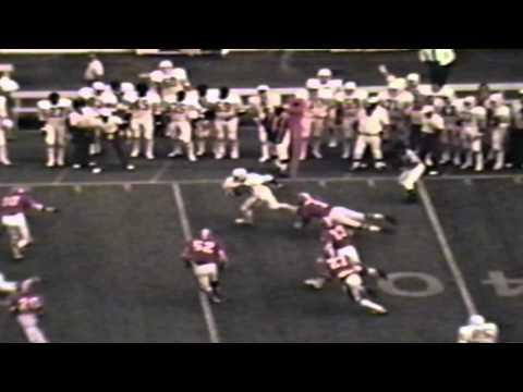 Earl Campbell - Texas Longhorn Highlights