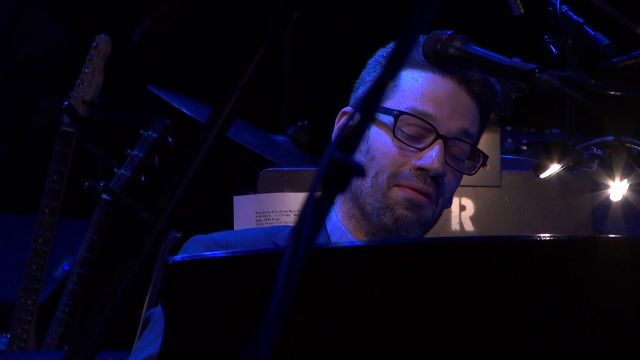 video: Arabeske in C major, Op. 18 - Jonathan Biss