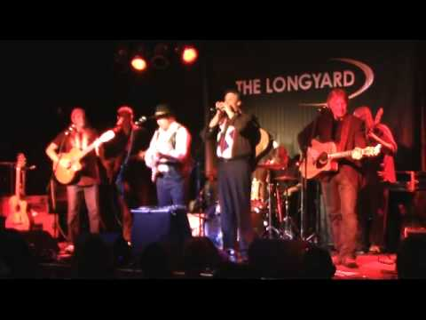 4 HIGHWAYMEN - THE ROAD GOES ON FOREVER