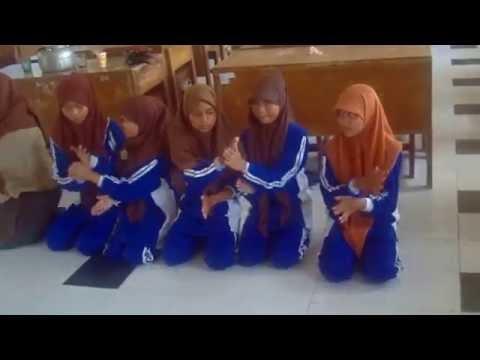 Tari Indang Badindin SMP N Prambanan Kreasi baru