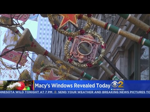 Christmas Comes To Downtown Chicago