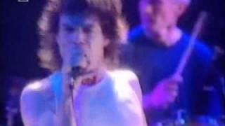 the rolling stones  live stripped '95 street fighting man