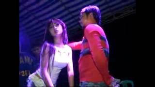 Download Video #DANGDUT HOT: Vega Jelly Surya Nada - Bang Jono - MP3 3GP MP4