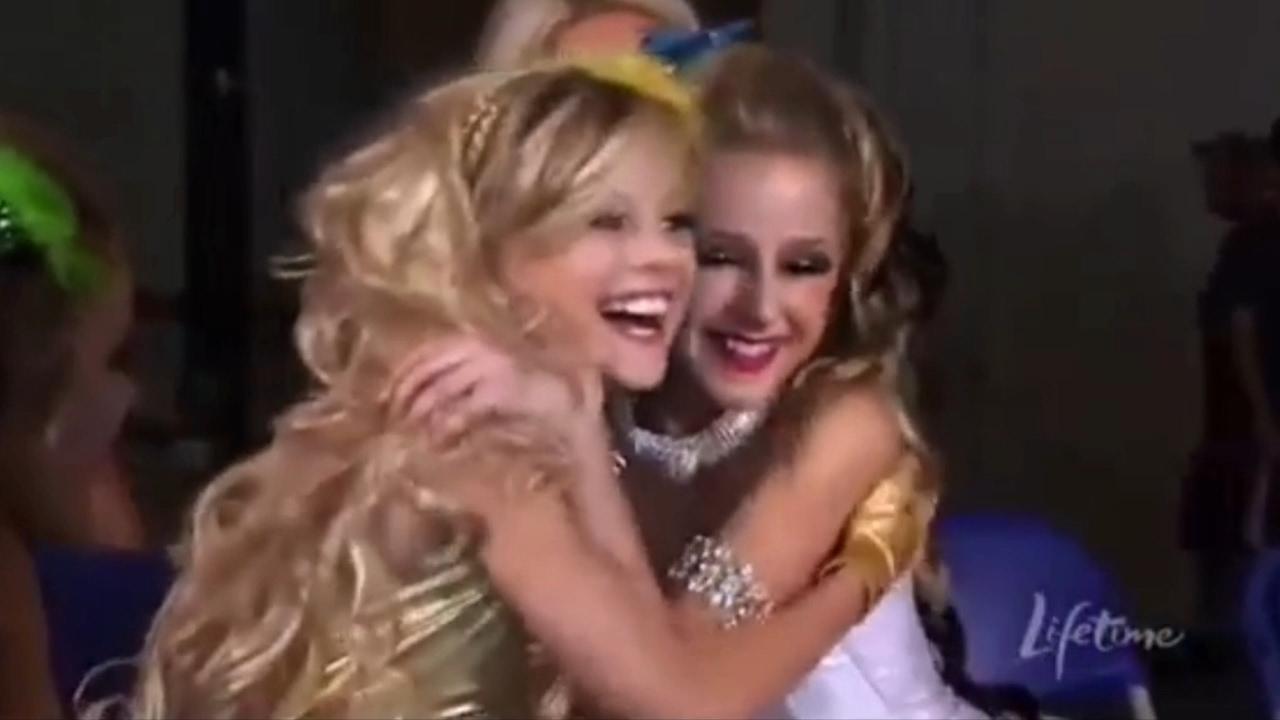 Download Dance Moms - Melissa gets jealous of Chloe (Season 1 Episode 12)