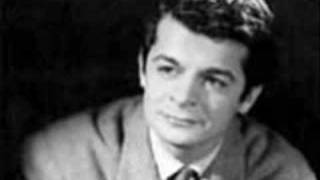 Serge Reggiani - Madame Nostalgie