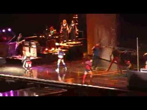 Madonna - Into The Groove (Live in Buenos Aires, Argentina 07-12-2008)