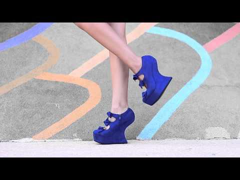 Обувки на платформа с панделки от Кокетна