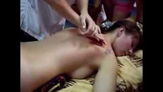 Классический массаж спины шеи, приемы мануальной терапии(Демонстрация движений, которые используются при массаже. http://www.youtube.com/channel/UCO3uHS7mRuU6Hm4cNG4kAKQ?sub_confirmation=1., 2014-02-27T17:47:23.000Z)
