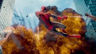 """Бой против железного носорога -  """"Новый Человек-паук. Высокое напряжение"""" отрывок из фильма"""