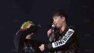 Funny moment in BIGBANG10 0 TO 10 The Final in Japan