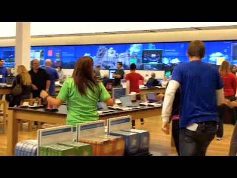 Microsoft Store Breaks Out In A Dance YouTube