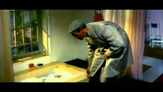 Ryttare i blått (1959) - Badrumsscenen
