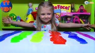 Игрушки для детей. Ярослава проводит эксперименты с цветными лизунами. Tiki Taki Kids