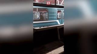 Машинист блогер о сломанных поездах в московском метро(Подпишитесь на канал Life | Новости - https://goo.gl/7MElrH Смотрите также: Проишествия - https://www.youtube.com/playlist?list=PLTtSQdzf0736n6yAh4o., 2017-01-19T08:05:01.000Z)