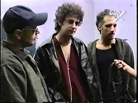 Soda Stereo Entrevista Post Show Teatro Monumental Chile 25-11-1995 VIA X